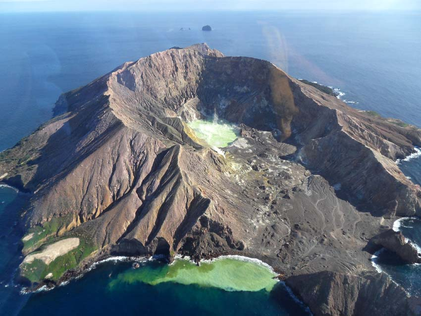 failles volcaniques au large de la corse